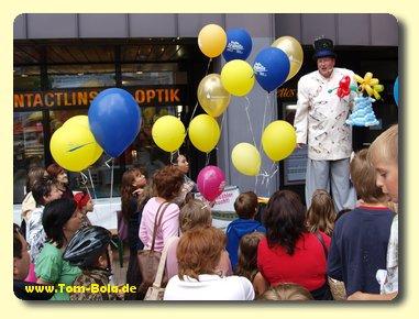 Ballonkünstler Tom Bola aus Bremen